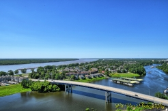 Memphis from Above: MudIsland [Who in Their Right Mind Would Want to Have a House There Right in the Mississippi Flodplain?}