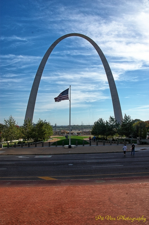 The Stars and Stripes in the Middle of the Gateway Arch in St. Louis/MO